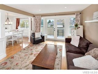 Photo 10: 2494 Wilcox Terr in VICTORIA: CS Tanner House for sale (Central Saanich)  : MLS®# 745667