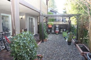 "Photo 8: 214 34909 OLD YALE Road in Abbotsford: Abbotsford East Townhouse for sale in ""The Gardens"" : MLS®# R2521800"
