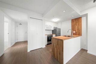 """Photo 3: 2008 1331 W GEORGIA Street in Vancouver: Coal Harbour Condo for sale in """"The Pointe"""" (Vancouver West)  : MLS®# R2574331"""