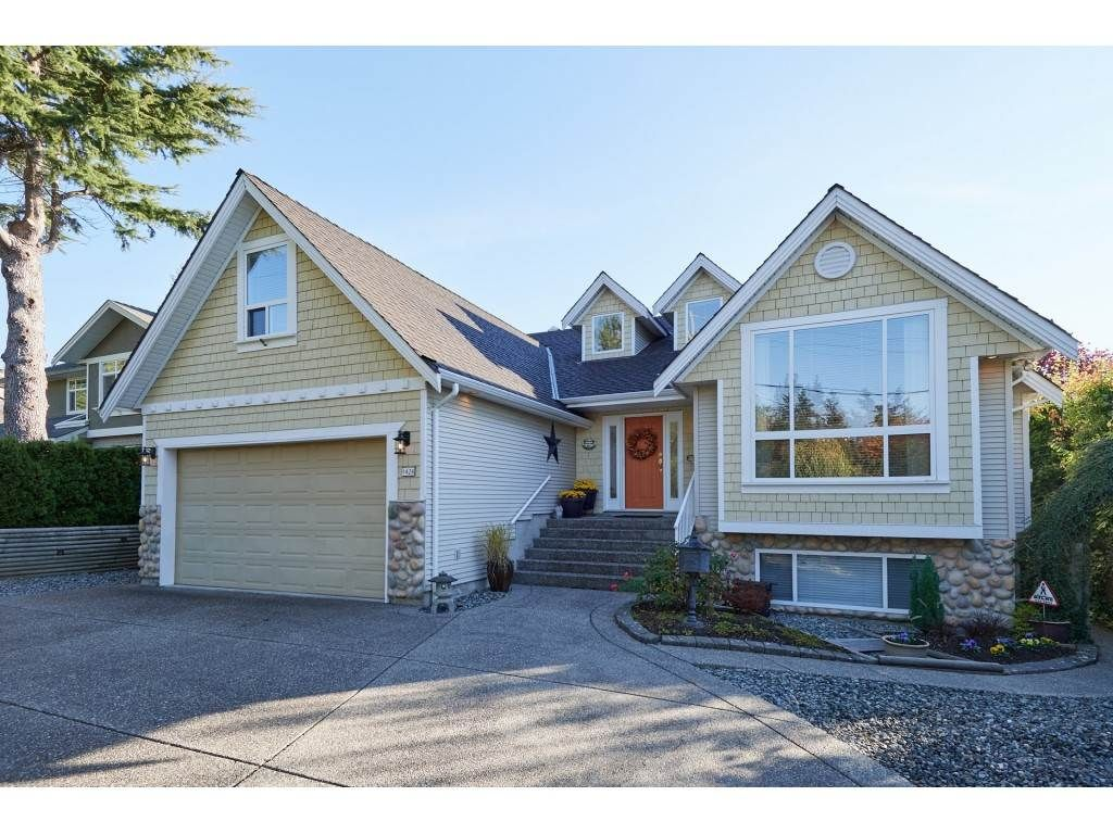 """Main Photo: 1424 BISHOP Road: White Rock House for sale in """"WHITE ROCK"""" (South Surrey White Rock)  : MLS®# R2540796"""