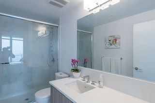 """Photo 15: 3003 4900 LENNOX Lane in Burnaby: Metrotown Condo for sale in """"THE PARK METROTOWN"""" (Burnaby South)  : MLS®# R2418432"""