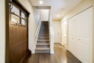 """Photo 3: 53 2469 164 Street in Surrey: Grandview Surrey Townhouse for sale in """"ABBEYROAD"""" (South Surrey White Rock)  : MLS®# R2402338"""