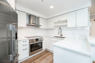 """Photo 3: 3E 199 DRAKE Street in Vancouver: Yaletown Condo for sale in """"CONCORDIA 1"""" (Vancouver West)  : MLS®# R2567054"""
