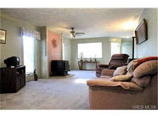 Photo 2:  in VICTORIA: La Glen Lake House for sale (Langford)  : MLS®# 399421