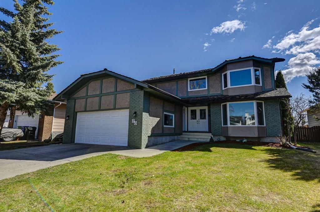 Main Photo: 20 Woodfield Road SW in Calgary: Woodbine Detached for sale : MLS®# A1100408