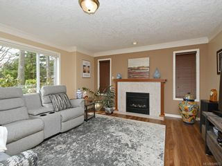 Photo 14: 1136 Lucille Dr in Central Saanich: CS Brentwood Bay House for sale : MLS®# 838973