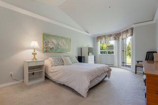 "Photo 16: 402 1281 PARKGATE Avenue in North Vancouver: Northlands Condo for sale in ""Parkgate Place"" : MLS®# R2606726"