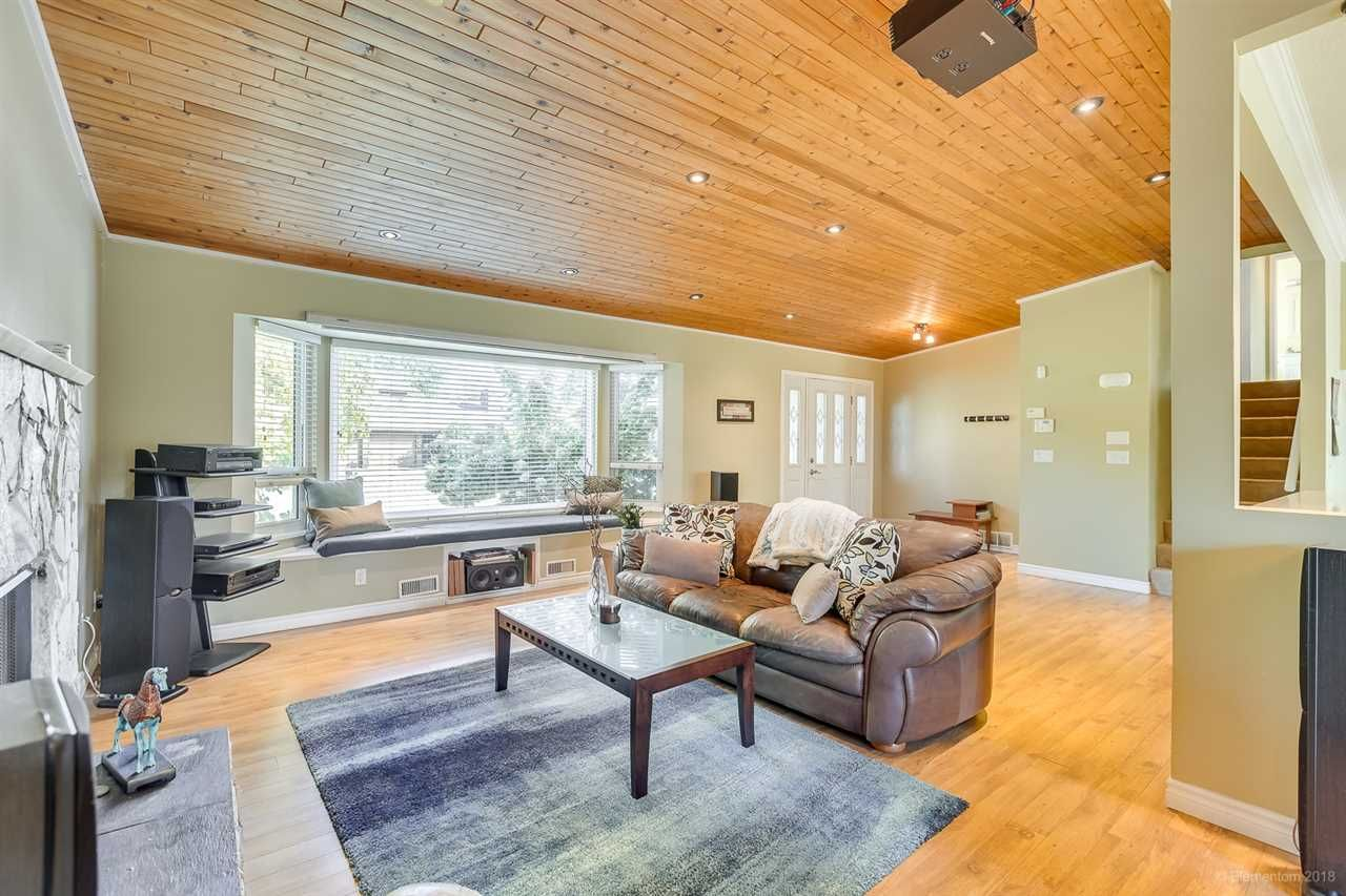 Photo 5: Photos: 11775 212 Street in Maple Ridge: Southwest Maple Ridge House for sale : MLS®# R2410545