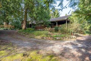 Photo 3: 1863 WINDERMERE Avenue in Port Coquitlam: Oxford Heights House for sale : MLS®# R2561256