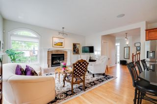 Photo 3: 19 Discovery Ridge Gardens SW in Calgary: Discovery Ridge Detached for sale : MLS®# A1116891