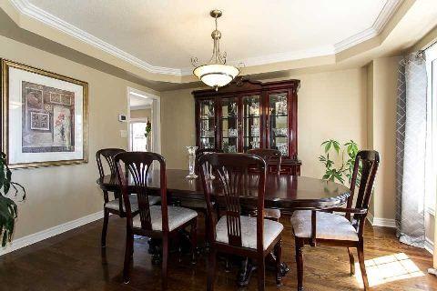 Photo 12: Photos: 19 Duggan Avenue in Whitby: Brooklin House (2-Storey) for sale : MLS®# E2889335