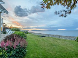 Photo 33: 5525 W Island Hwy in QUALICUM BEACH: PQ Qualicum North House for sale (Parksville/Qualicum)  : MLS®# 837912