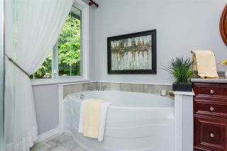 Photo 9: 2263 PARK Crescent in Coquitlam: Chineside House for sale : MLS®# R2277200