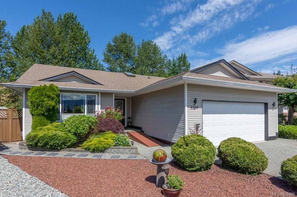 Main Photo: 5119 Broadmoor Pl in : Na Uplands House for sale (Nanaimo)  : MLS®# 878006