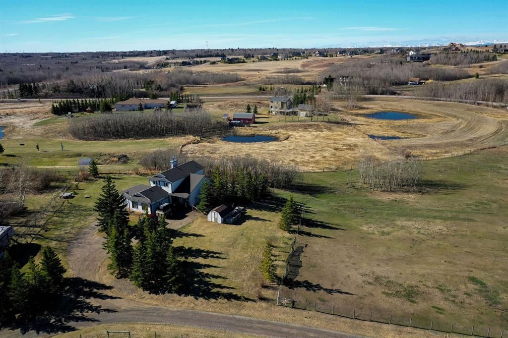 Main Photo: 30092 Bunny Hollow Drive in Rural Rocky View County: Rural Rocky View MD Detached for sale : MLS®# A1104471