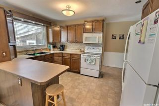 Photo 6: 2515 Steuart Avenue in Prince Albert: Crescent Heights Residential for sale : MLS®# SK864020