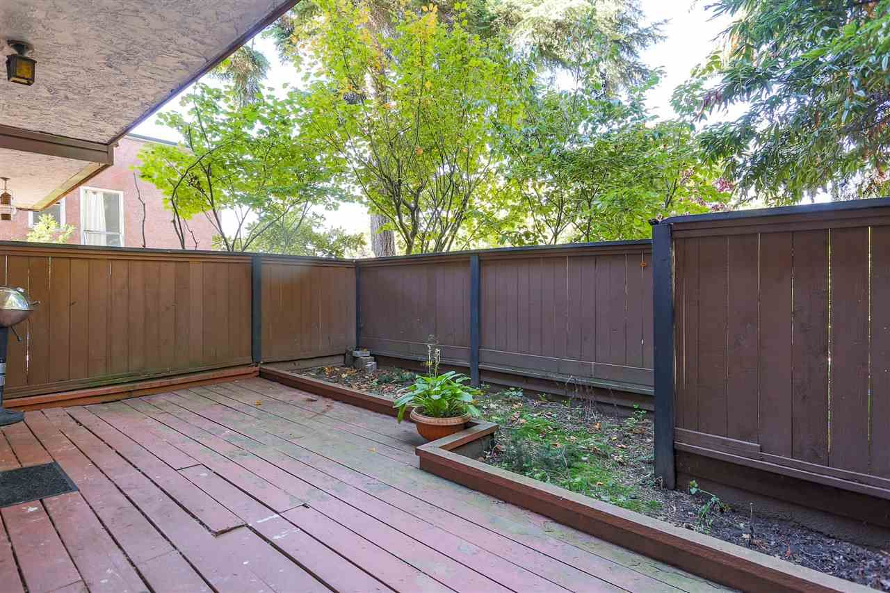 """Photo 19: Photos: 103 1484 CHARLES Street in Vancouver: Grandview VE Condo for sale in """"LANDMARK ARMS"""" (Vancouver East)  : MLS®# R2013401"""