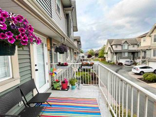 """Photo 25: 3 6498 SOUTHDOWNE Place in Chilliwack: Sardis East Vedder Rd Townhouse for sale in """"Village Green"""" (Sardis)  : MLS®# R2588764"""