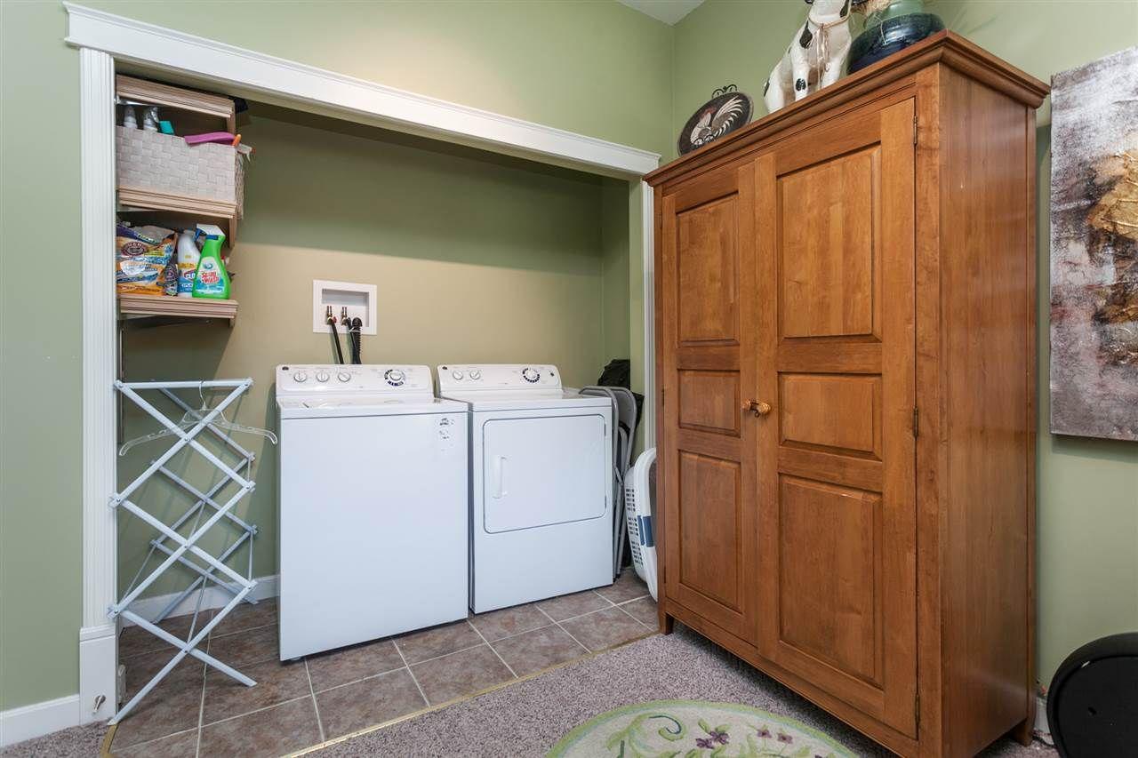 Photo 12: Photos: 24072 109 Avenue in Maple Ridge: Cottonwood MR House for sale : MLS®# R2218573