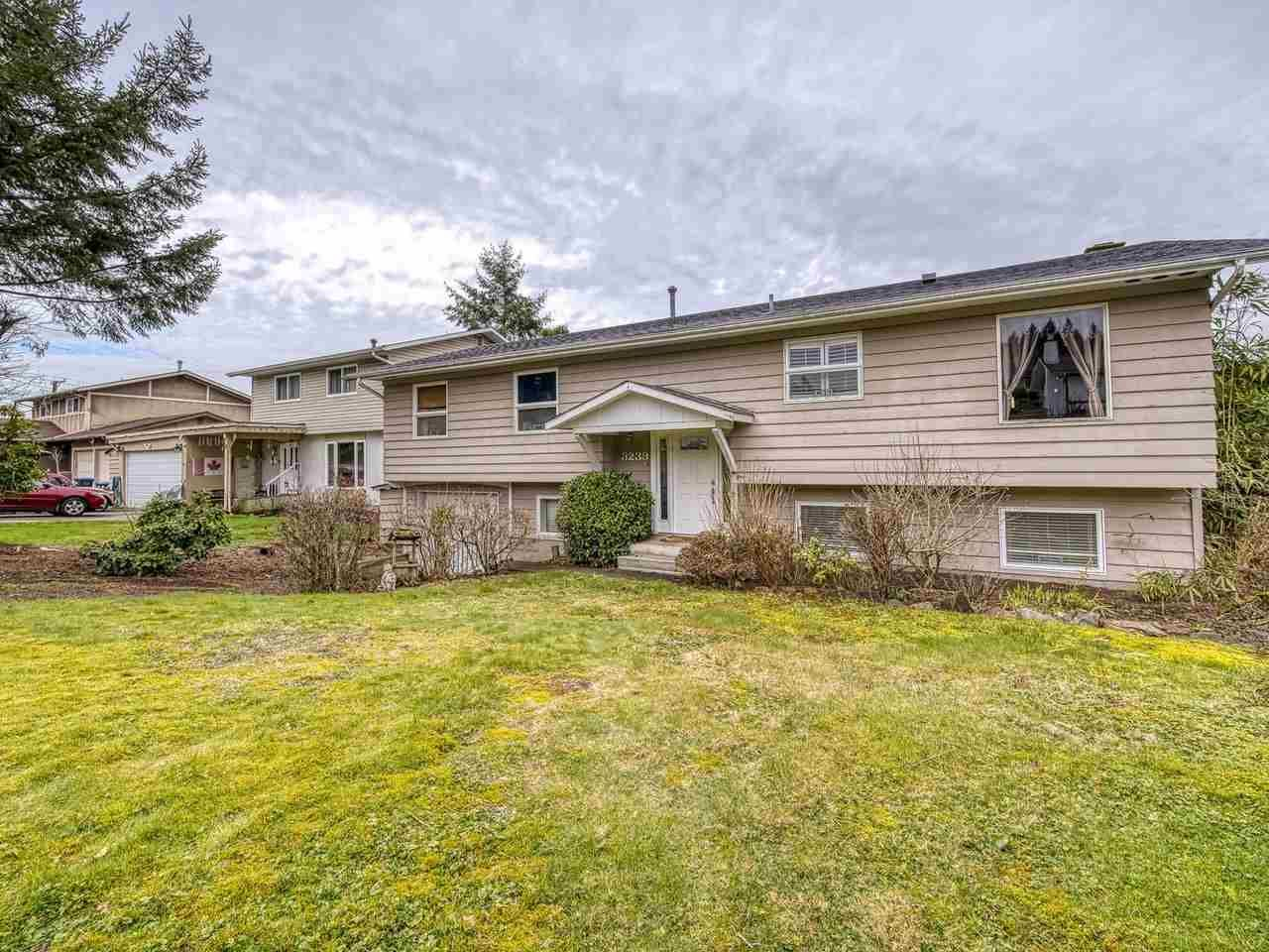 Main Photo: 3239 PORTVIEW Place in Port Moody: Port Moody Centre House for sale : MLS®# R2544230