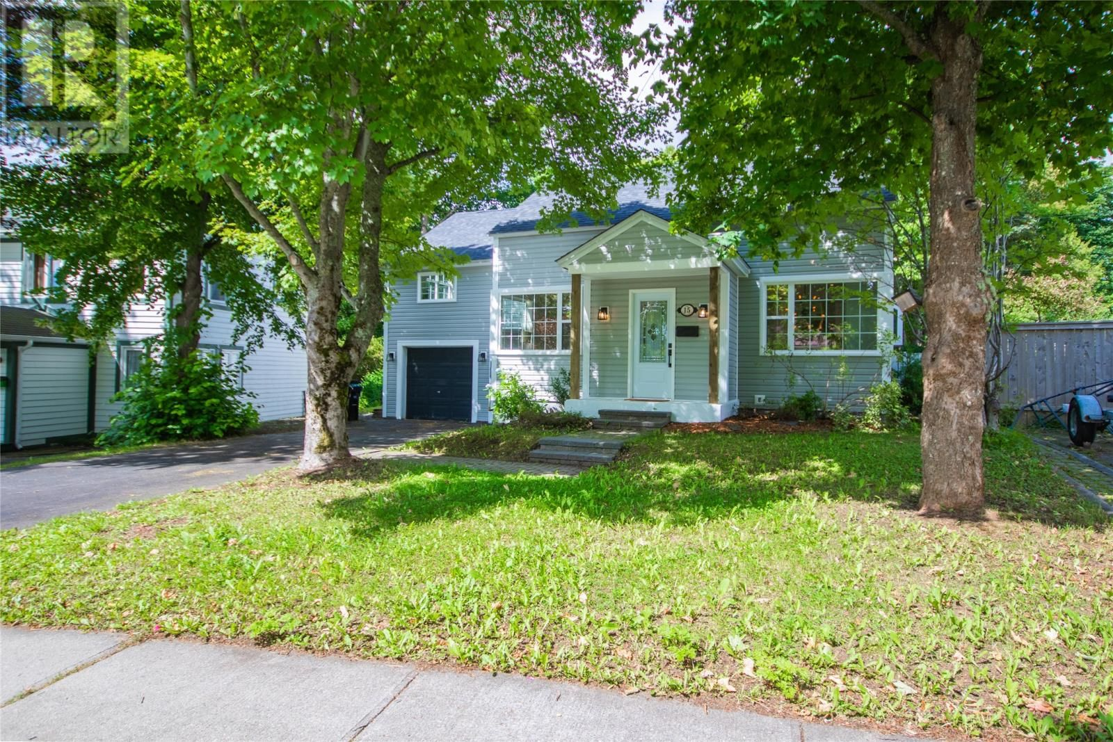 Main Photo: 15 Stoneyhouse Street in St. John's: House for sale : MLS®# 1234165