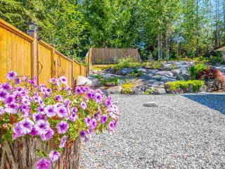 """Photo 24: 5557 PEREGRINE Crescent in Sechelt: Sechelt District House for sale in """"SilverStone Heights"""" (Sunshine Coast)  : MLS®# R2492023"""