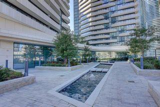 Photo 3: 1401 100 Harbour Street in Toronto: Waterfront Communities C1 Condo for sale (Toronto C01)  : MLS®# C5122469