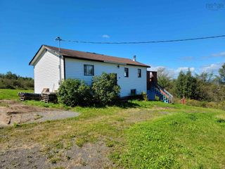 Photo 5: 40 Green Road in East Walton: 105-East Hants/Colchester West Residential for sale (Halifax-Dartmouth)  : MLS®# 202123637