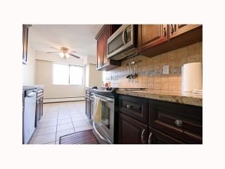 """Photo 2: 33 2446 WILSON Avenue in Port Coquitlam: Central Pt Coquitlam Condo for sale in """"ORCHARD VALLEY ESTATES"""" : MLS®# V817599"""