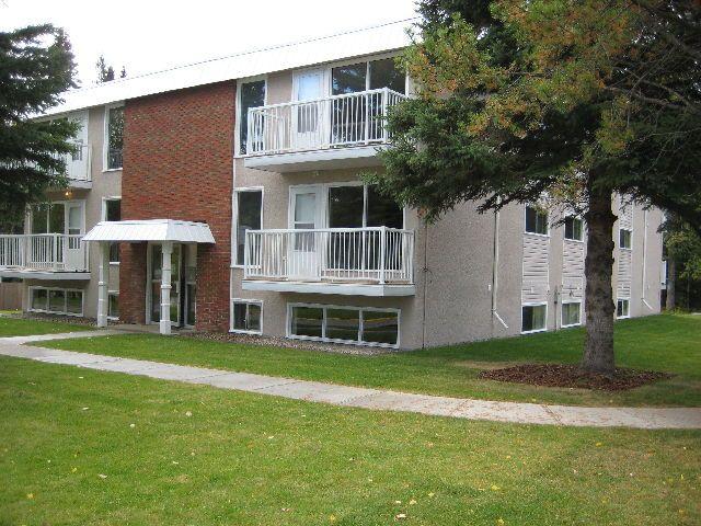 Pine Crescent Condominiums
