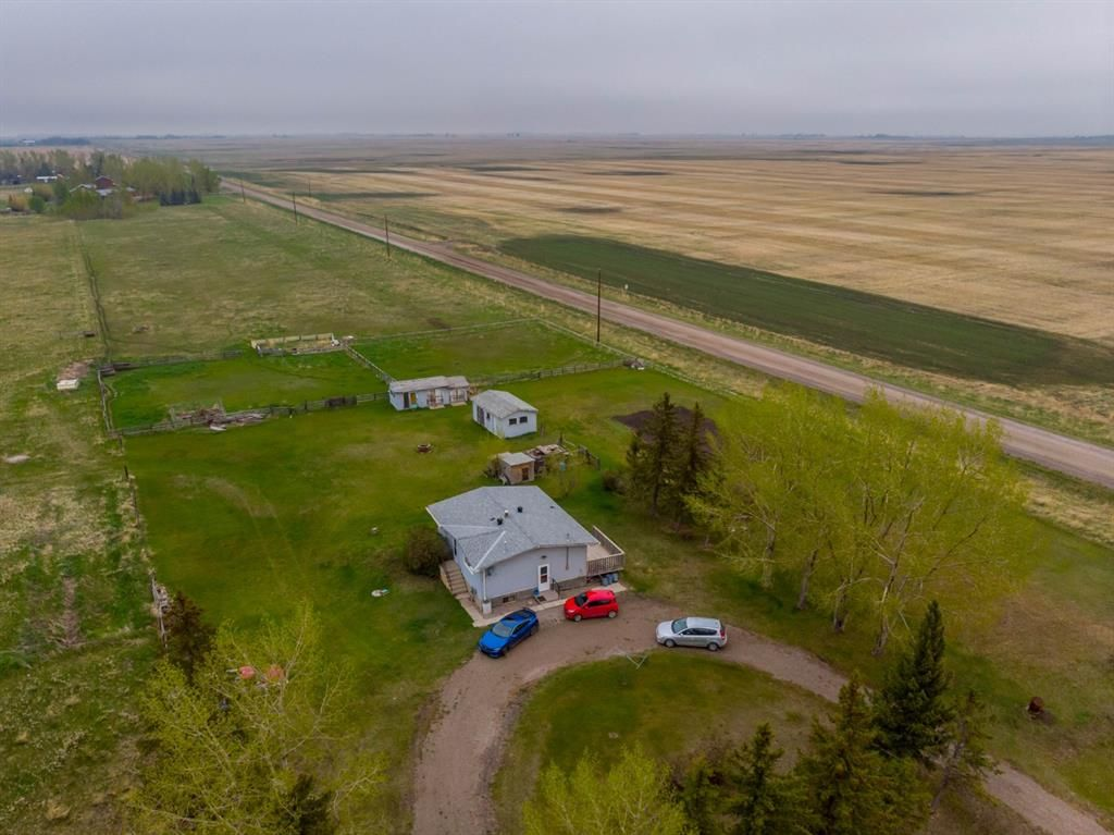 Main Photo: 270016 Twp Rd 234A Township in Rural Rocky View County: Rural Rocky View MD Detached for sale : MLS®# A1112041
