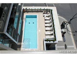 Photo 2: 1008 707 Courtney Street in VICTORIA: Vi Downtown Residential for sale (Victoria)  : MLS®# 288501