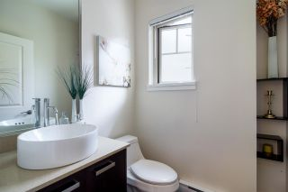 """Photo 9: 103 3382 VIEWMOUNT Drive in Port Moody: Port Moody Centre Townhouse for sale in """"Lillium Villas"""" : MLS®# R2187469"""