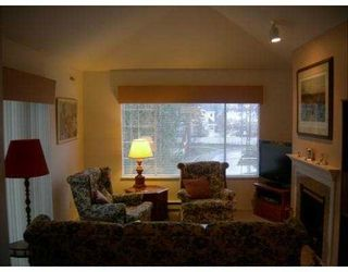 """Photo 2: 302 6860 RUMBLE Street in Burnaby: South Slope Condo for sale in """"GOVERNOR'S WALK"""" (Burnaby South)  : MLS®# V631691"""