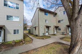 Photo 3: 17A MEADOWLARK Village in Edmonton: Zone 22 Townhouse for sale : MLS®# E4266276