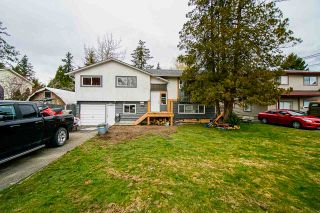 Photo 1: 27099 28B Avenue in Langley: Aldergrove Langley House for sale : MLS®# R2551967