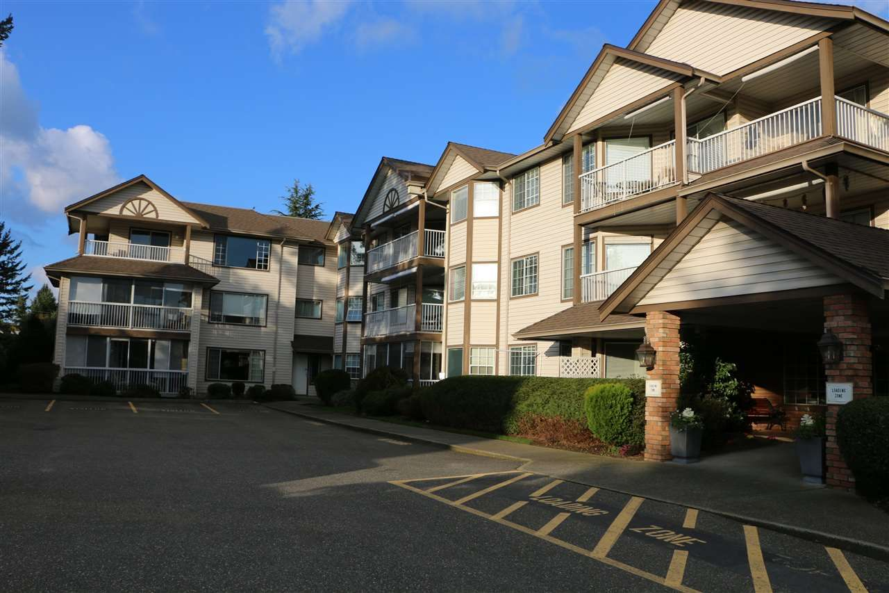 """Main Photo: 210 32145 OLD YALE Road in Abbotsford: Abbotsford West Condo for sale in """"Cypress Park"""" : MLS®# R2055601"""