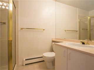 """Photo 19: 21 2130 MARINE Drive in West Vancouver: Dundarave Condo for sale in """"Lincoln Gardens"""" : MLS®# V1115405"""