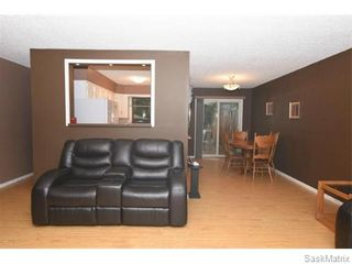 Photo 10: 1026 DOROTHY Street in Regina: Normanview West Single Family Dwelling for sale (Regina Area 02)  : MLS®# 544219