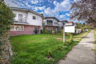 Photo 3: 2892 E 14TH Avenue in Vancouver: Renfrew Heights House for sale (Vancouver East)  : MLS®# R2209163