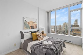 "Photo 13: PH2404 1010 RICHARDS Street in Vancouver: Yaletown Condo for sale in ""GALLERY"" (Vancouver West)  : MLS®# R2533230"
