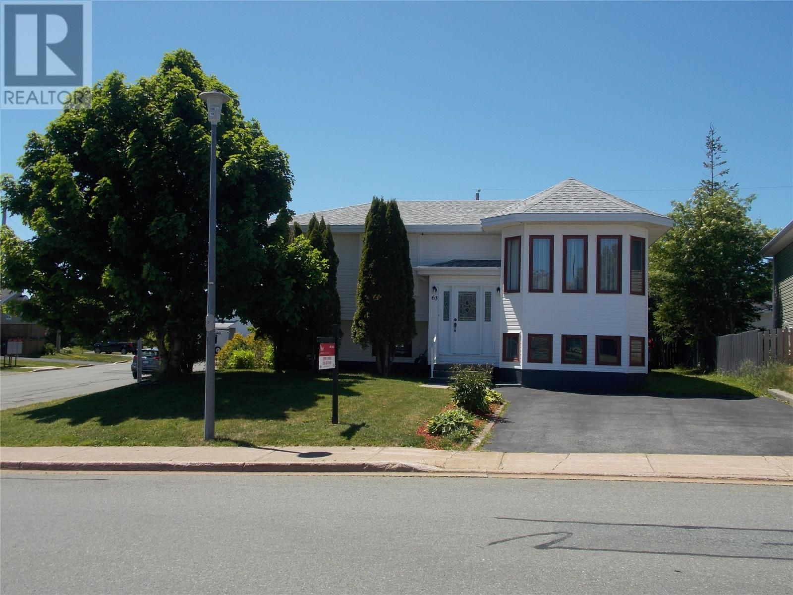Main Photo: 63 Westminster Drive in Mount Pearl: House for sale : MLS®# 1232759