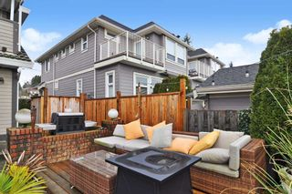 Photo 23: 15374 SEMIAHMOO Avenue: 1/2 Duplex for sale in White Rock: MLS®# R2527208