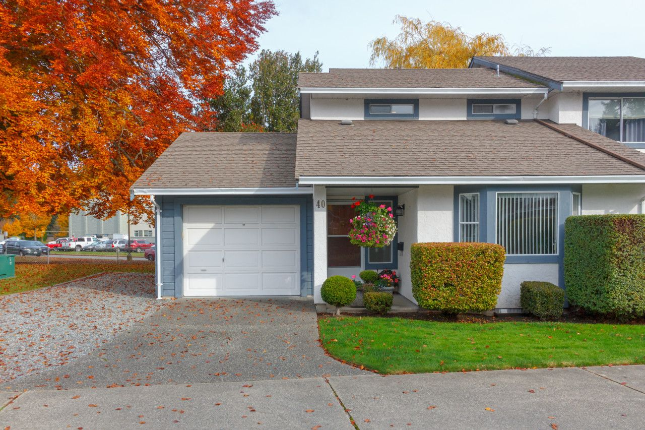 Main Photo: Townhouse For Sale Colwood