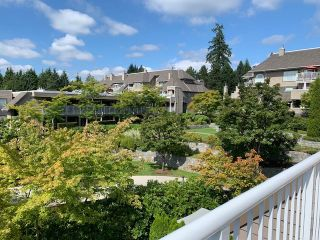 """Photo 17: 401 1050 BOWRON Court in North Vancouver: Roche Point Condo for sale in """"Parkway Terrace"""" : MLS®# R2415471"""