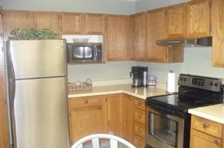 Photo 3: 23 OLFORD Crescent in Winnipeg: Residential for sale (Canada)  : MLS®# 1201386