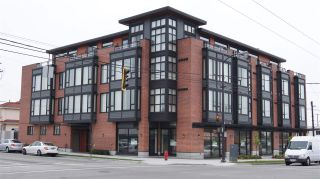 Photo 1: 309 2008 E 54TH STREET in Vancouver: Fraserview VE Condo for sale (Vancouver East)  : MLS®# R2067519