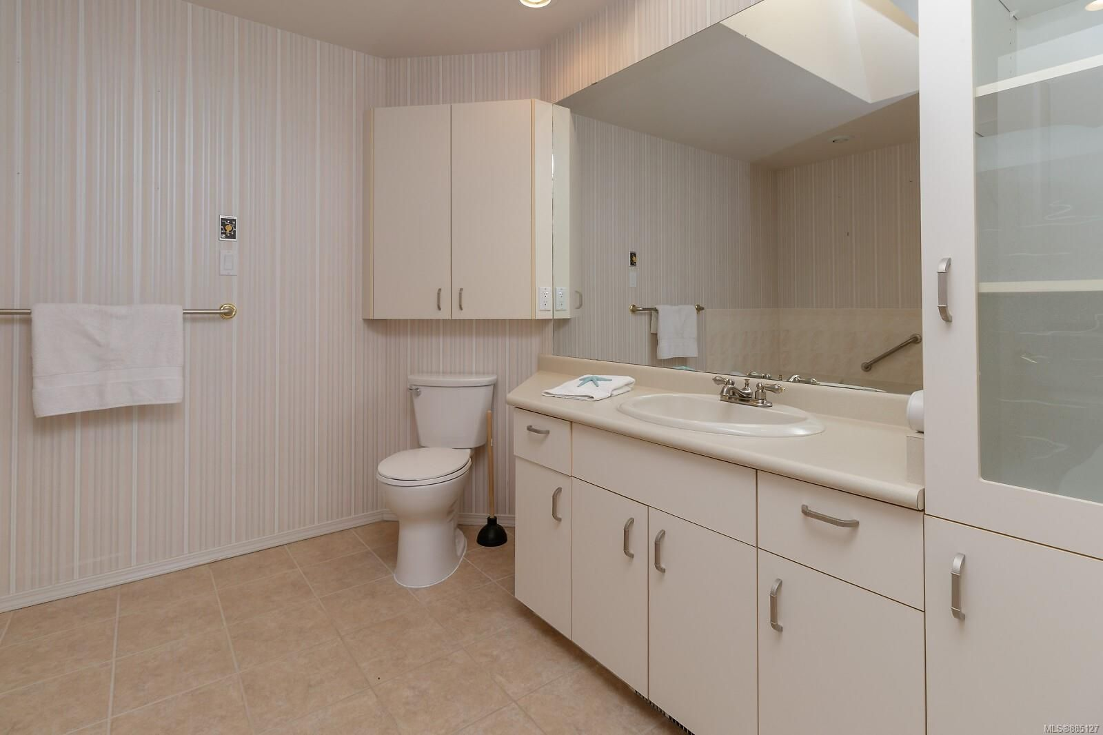 Photo 34: Photos: 26 529 Johnstone Rd in : PQ French Creek Row/Townhouse for sale (Parksville/Qualicum)  : MLS®# 885127