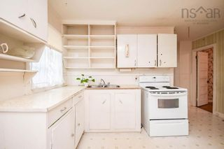 Photo 14: 6432 Berlin Street in Halifax: 4-Halifax West Residential for sale (Halifax-Dartmouth)  : MLS®# 202125197