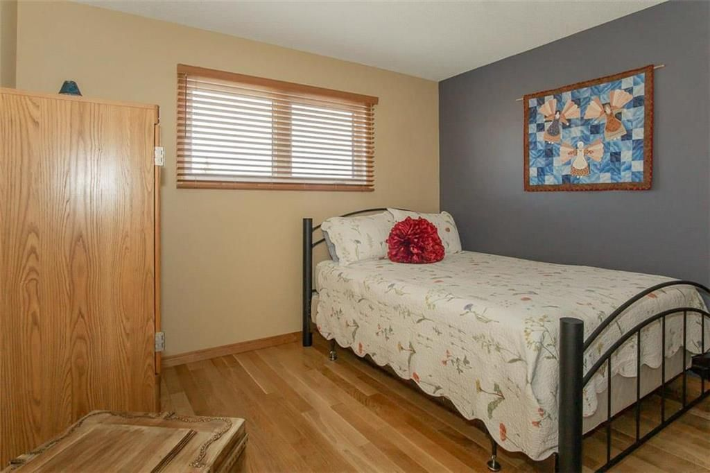 Photo 25: Photos: 23 Tiverton Bay in Winnipeg: River Park South Residential for sale (2F)  : MLS®# 202008374